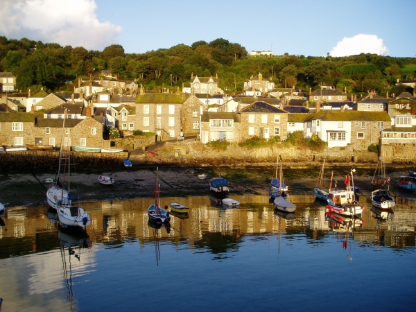 holiday in looe